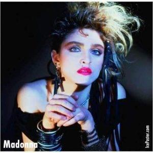 Madonna maquillada al estilo rockera