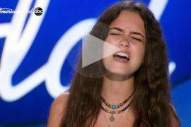 Mötley Crüe felicita por su versión de 'Live Wire' a una concursante en 'American Idol'