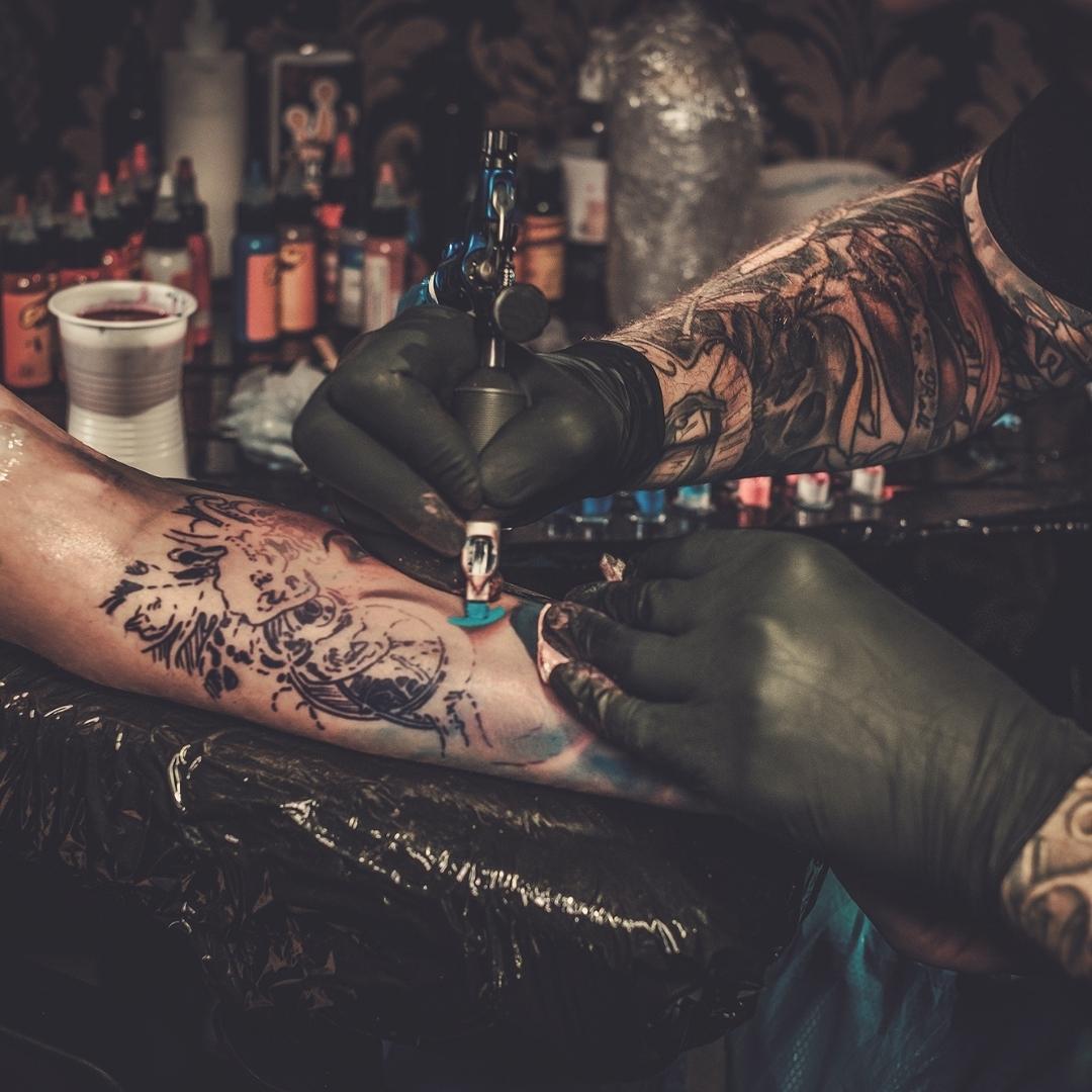 Cómo curar un tatuaje Cosas que debes saber... RopaRock